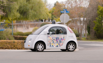 L'incidente della Google Car, la vettura a guida autonoma. Close-up Engineering